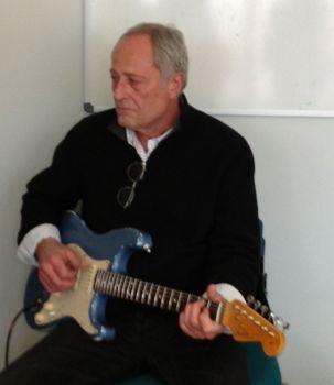 Cours de guitare, réparation ampli à lampe