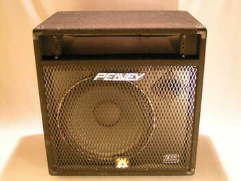 HP basse Peavey 115TXR