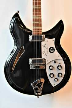 datant Vintage Kay guitares