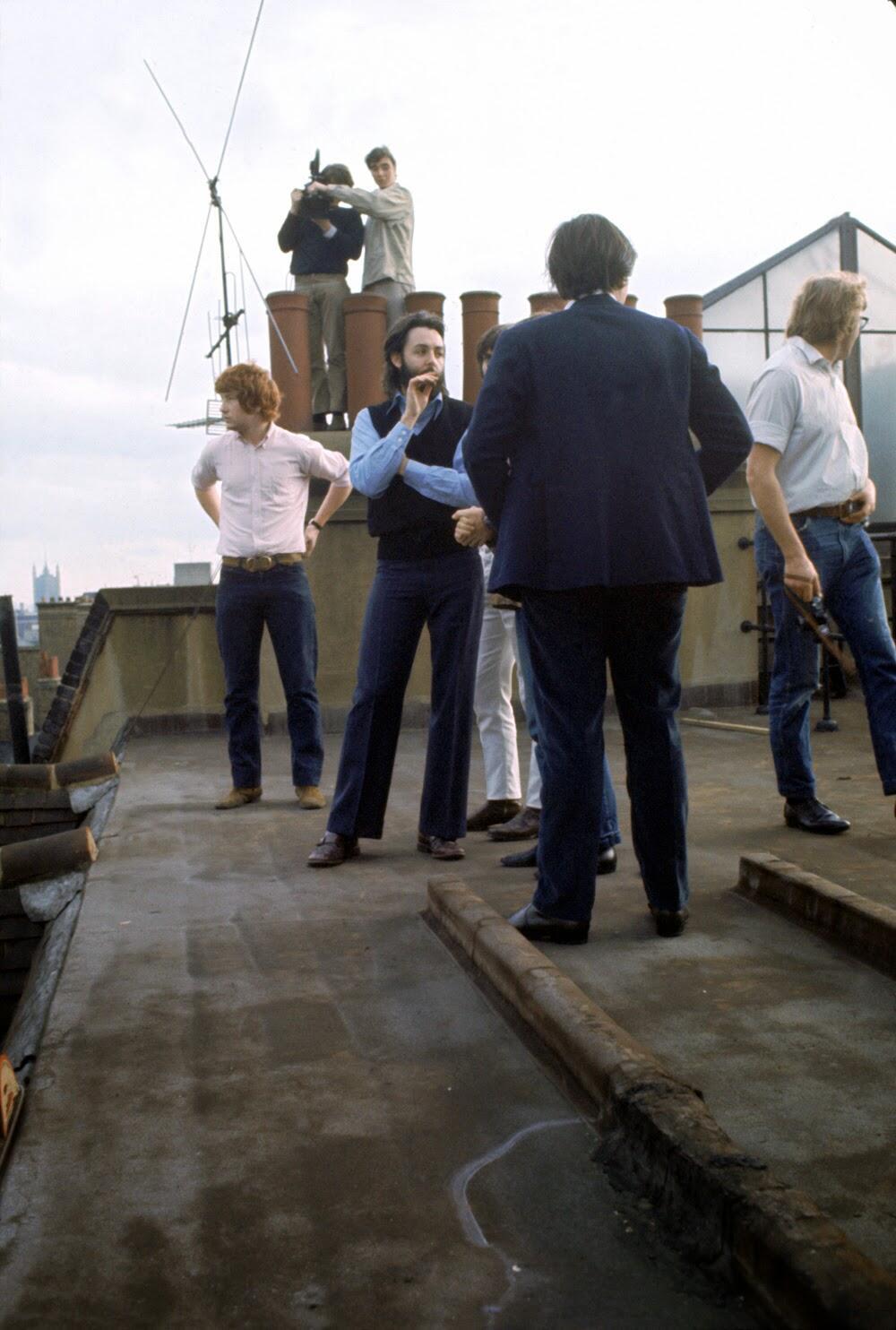 The Beatles' Rooftop Concert in 1969 (6).jpg