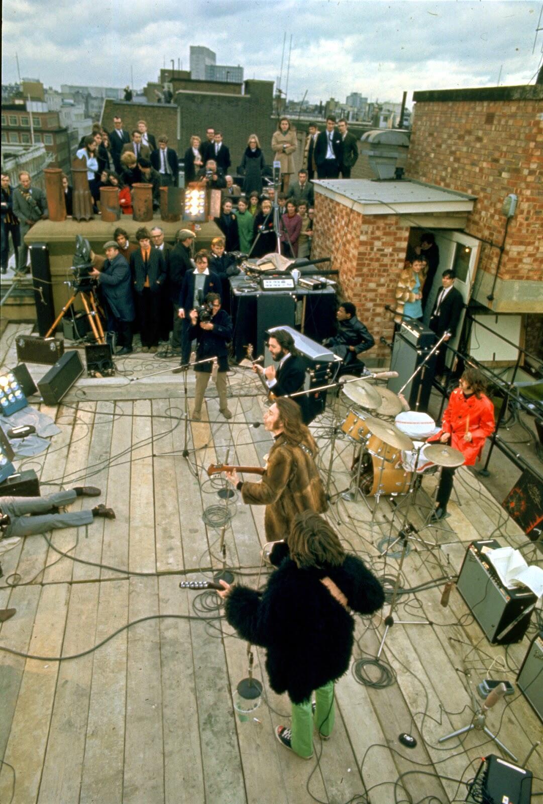 The Beatles' Rooftop Concert in 1969 (3).jpg