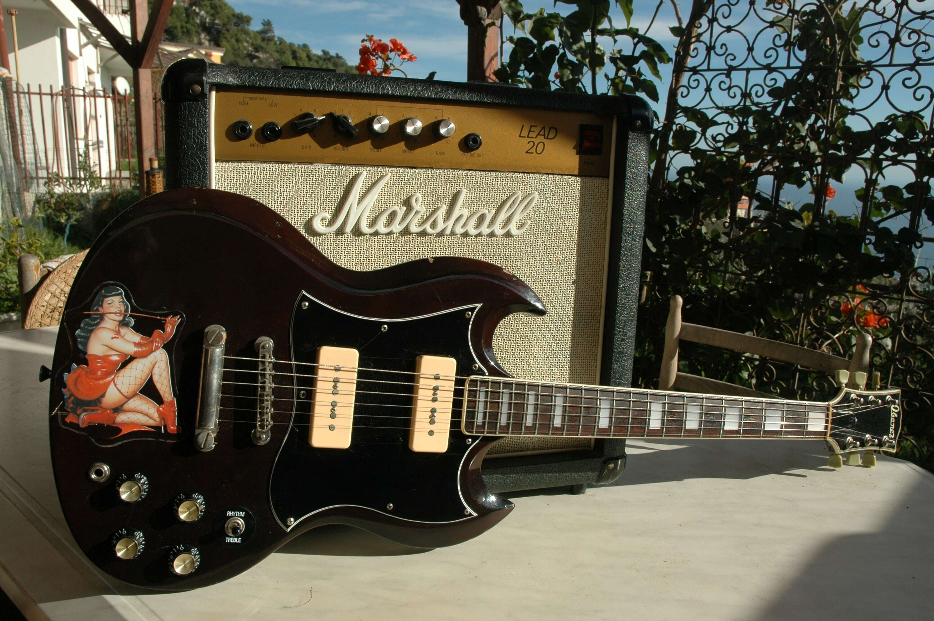 Elec - 33 - Ibanez SG Marshall-min.JPG